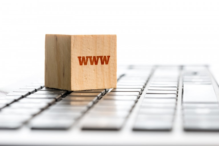 도메인, 웹호스팅 업체가 다를 때 홈페이지에 도메인 연결하는 방법